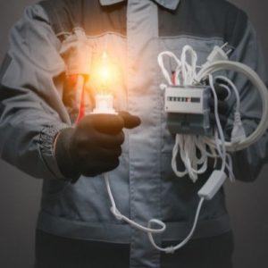 איתור תקלות חשמל